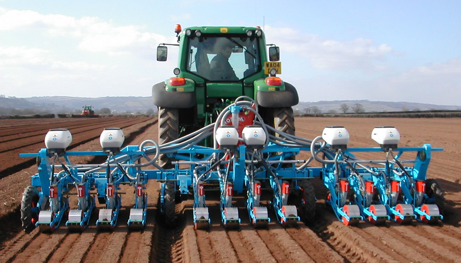 Mechanized Carrot Production Increases Profits In Africa Middle East
