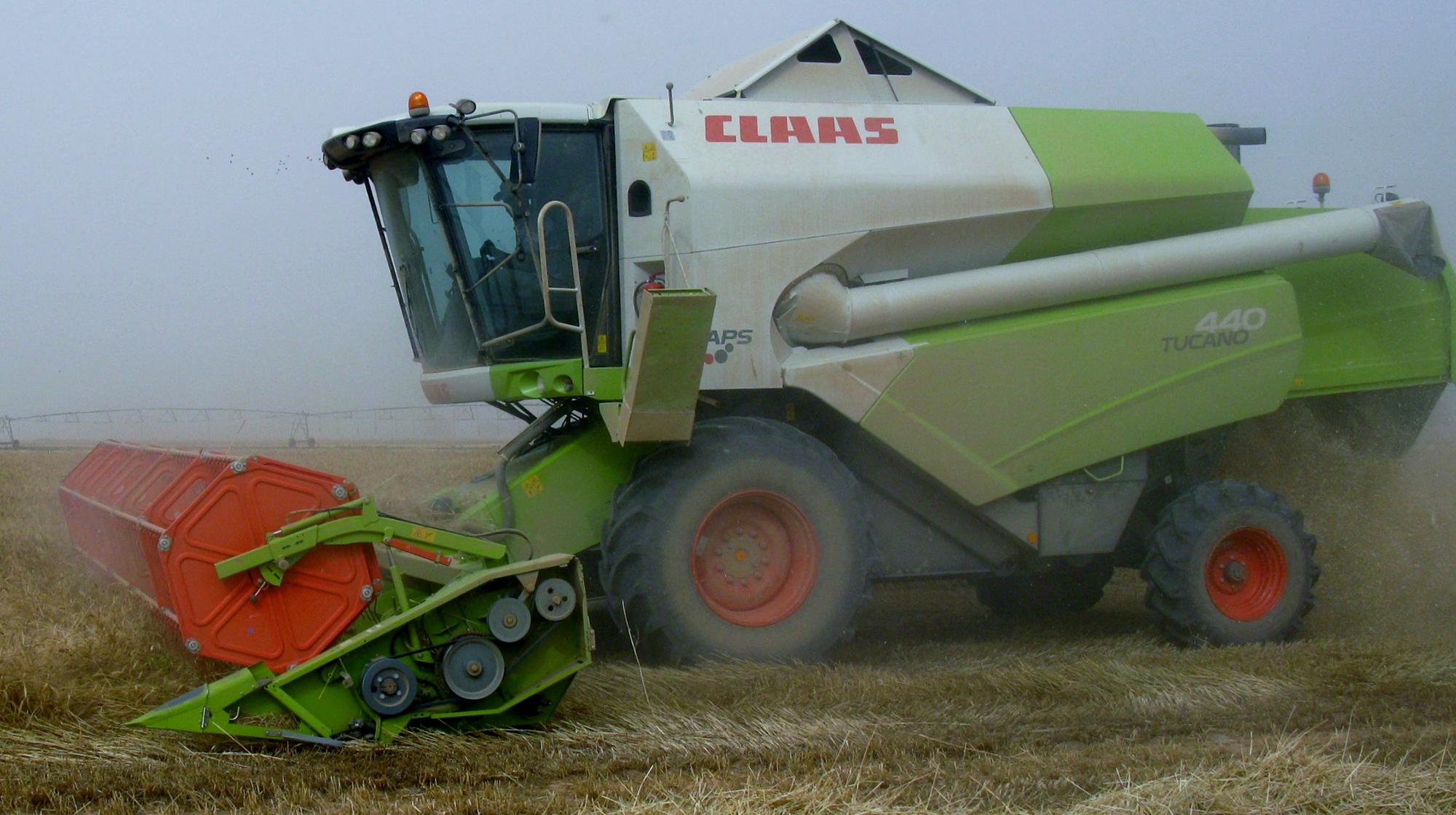 Harvesting Cereals in arid, semi-arid and tropical